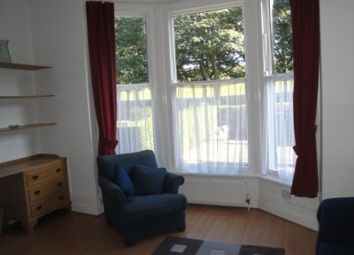 Thumbnail 1 bed flat to rent in 211C Hyde Park Road, Hyde Park