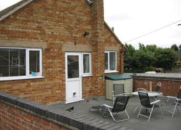 Thumbnail 2 bed flat to rent in Aberdale Road, South Knighton