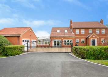 Thumbnail 4 bed detached house for sale in Meadow Croft, London Lane, Moss, Doncaster