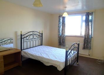 Thumbnail 2 bed maisonette to rent in Green Close, Maidenhead