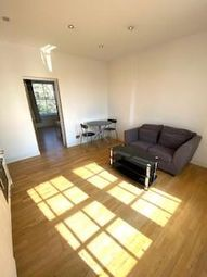 292 The Highway, Wapping, Tower Hill, Canary Wharf, Limehouse, London E1W. 2 bed flat