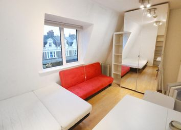 Thumbnail Studio to rent in Walworth Road, Elephant & Castle, London