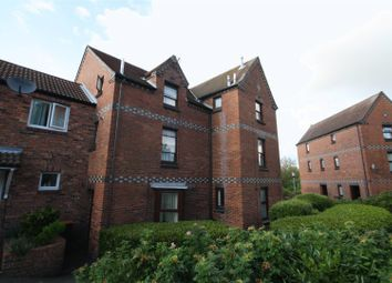 Thumbnail 2 bedroom maisonette to rent in Chepstow Drive, Leegomery, Telford