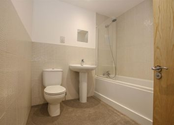 Thumbnail 2 bed flat to rent in Banks Parade, Haddenham, Aylesbury