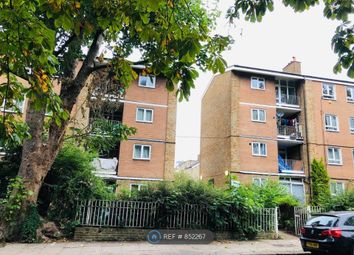 4 bed flat to rent in Abingdon Close, Camden Square, London NW1
