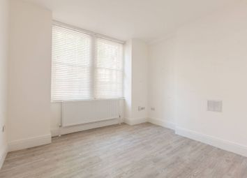 Thumbnail 2 bed flat to rent in Mitre Road, Southwark, London