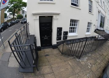 Thumbnail 1 bed flat to rent in Clapham Road, South London