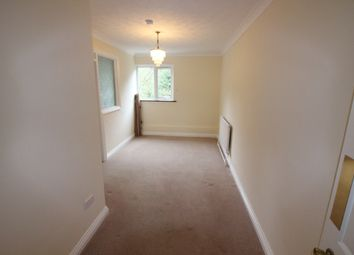 Thumbnail 2 bedroom flat to rent in The Avenue, Poole