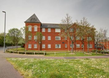 2 bed flat to rent in Lewis Crescent, Exeter EX2