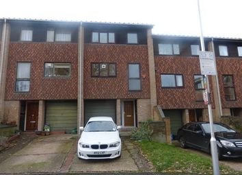 Thumbnail 5 bed property to rent in Deans Close, Croydon