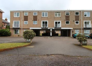 Thumbnail 2 bed flat to rent in Victoria Road, Netley Abbey, Southampton