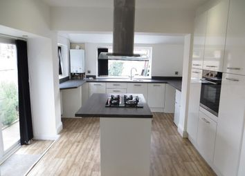 Thumbnail 2 bedroom flat to rent in Spring Bank West, Hull