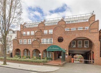 Thumbnail 3 bed flat for sale in Marlborough Place, London