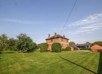 Puttenham, Near Tring HP23. 4 bed farmhouse