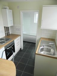 Thumbnail 2 bed flat to rent in High Street, Lincoln