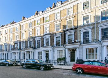 Thumbnail 2 bed triplex to rent in 19 Collingham Place, London