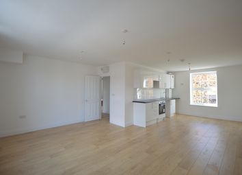 Thumbnail 4 bed maisonette to rent in Caledonian Road, London
