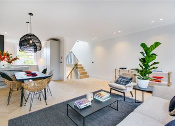 2 bed maisonette for sale in Aldridge Road Villas, London W11