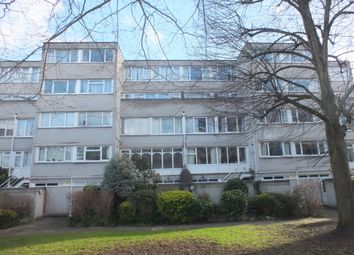 Thumbnail 3 bedroom flat to rent in Athlone Square, Ward Royal, Windsor