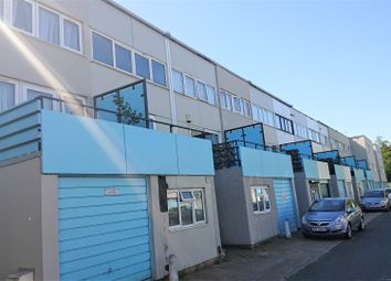 Thumbnail 4 bed town house for sale in Lindsey Close, Mitcham, London