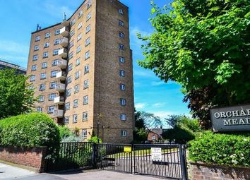 Thumbnail 3 bed flat to rent in Orchard Mead House, Finchley Road