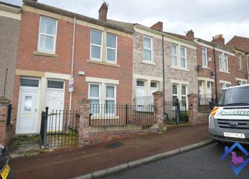 2 bed flat to rent in Arkwright Street, Gateshead NE8