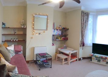 2 bed terraced house to rent in Corporation Street, London E15
