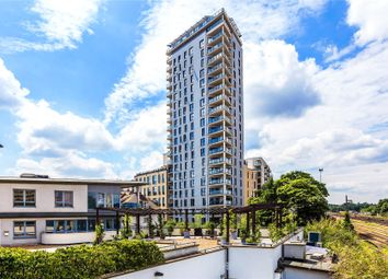 Guildford Road, Woking GU22. 2 bed flat for sale