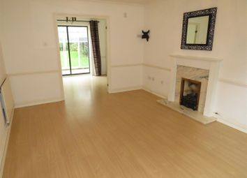 Thumbnail 4 bed property to rent in Clover Way, Hedge End, Southampton