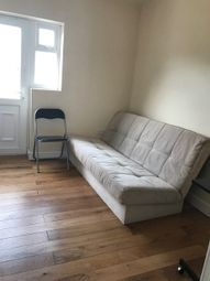 Thumbnail Studio to rent in Long Drive, Greenford