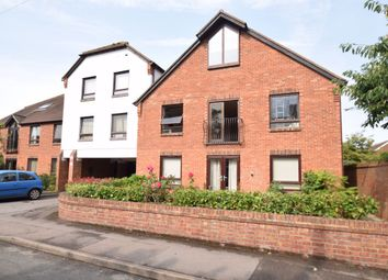 Thumbnail 2 bed flat to rent in Westgate Court, Croft Road, Thame