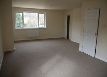 Thumbnail 3 bed flat to rent in Snapewood Road, Nottingham
