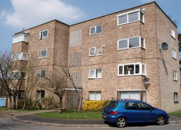 Thumbnail 2 bed flat to rent in Frescade Crescent, Town Centre, Basingstoke