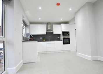 Room to rent in Waterfall Road, London N14