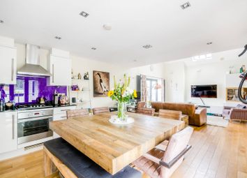 Thumbnail 2 bed flat for sale in Wandsworth Road, Clapham Old Town, London