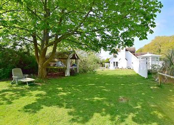 Thumbnail 3 bedroom cottage for sale in Wheatsheaf Road, Henfield, West Sussex