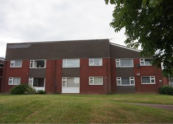 Thumbnail 2 bed flat for sale in Queens Drive, Leicester