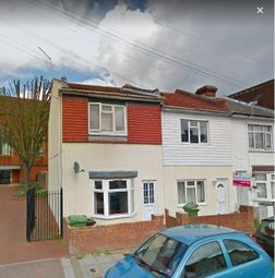 Thumbnail 4 bedroom property to rent in Fawcett Road, Southsea