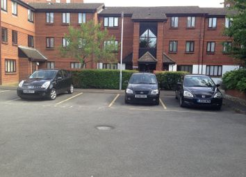 1 bed flat to rent in Gade Close, Hayes UB3