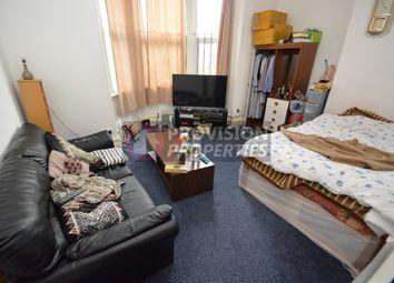 Thumbnail 1 bed flat to rent in Regent Terrace, Hyde Park, Leeds