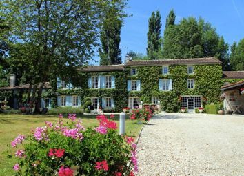 Thumbnail 11 bed property for sale in La Rochelle, Charent Maritime, France