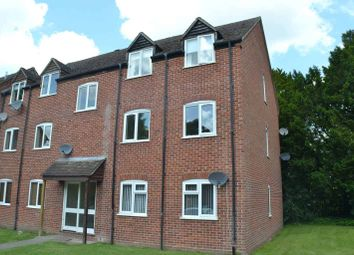 Thumbnail 2 bed flat to rent in Cleveland Grove, Newbury