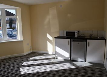 Thumbnail Studio to rent in Wentworth Crescent, Hayes, Middlesex