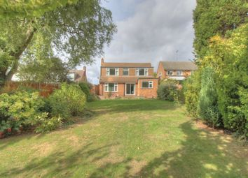 Thumbnail 2 bed bungalow for sale in Hawthorn Hill, Letchworth Garden City