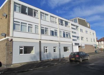 Thumbnail 2 bed flat to rent in Maytree Road, Fareham
