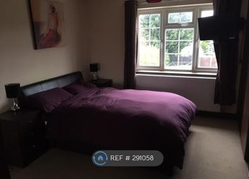 Thumbnail Room to rent in Thornbury Gardens, Borehamwood