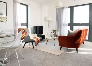 2 bed flat for sale in Osiers Rd, London SW18