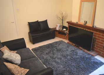 Thumbnail 1 bed flat to rent in Burnham Road, Dartford