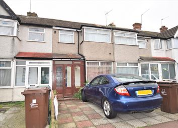 Thumbnail 3 bed flat to rent in Beam Avenue, Dagenham