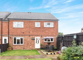 Thumbnail 2 bed maisonette for sale in Turners Close, Ongar